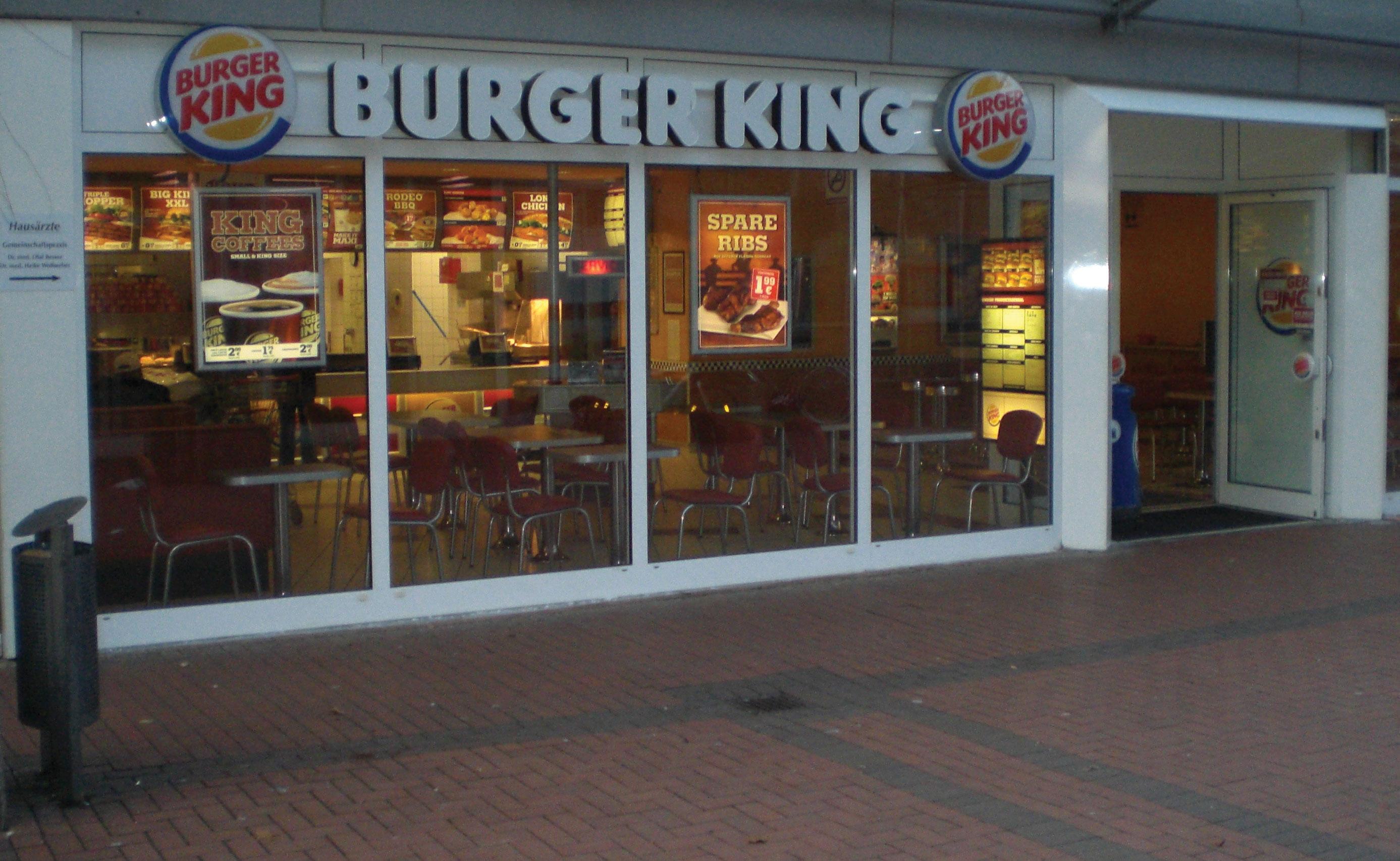 fast food restaurant operations