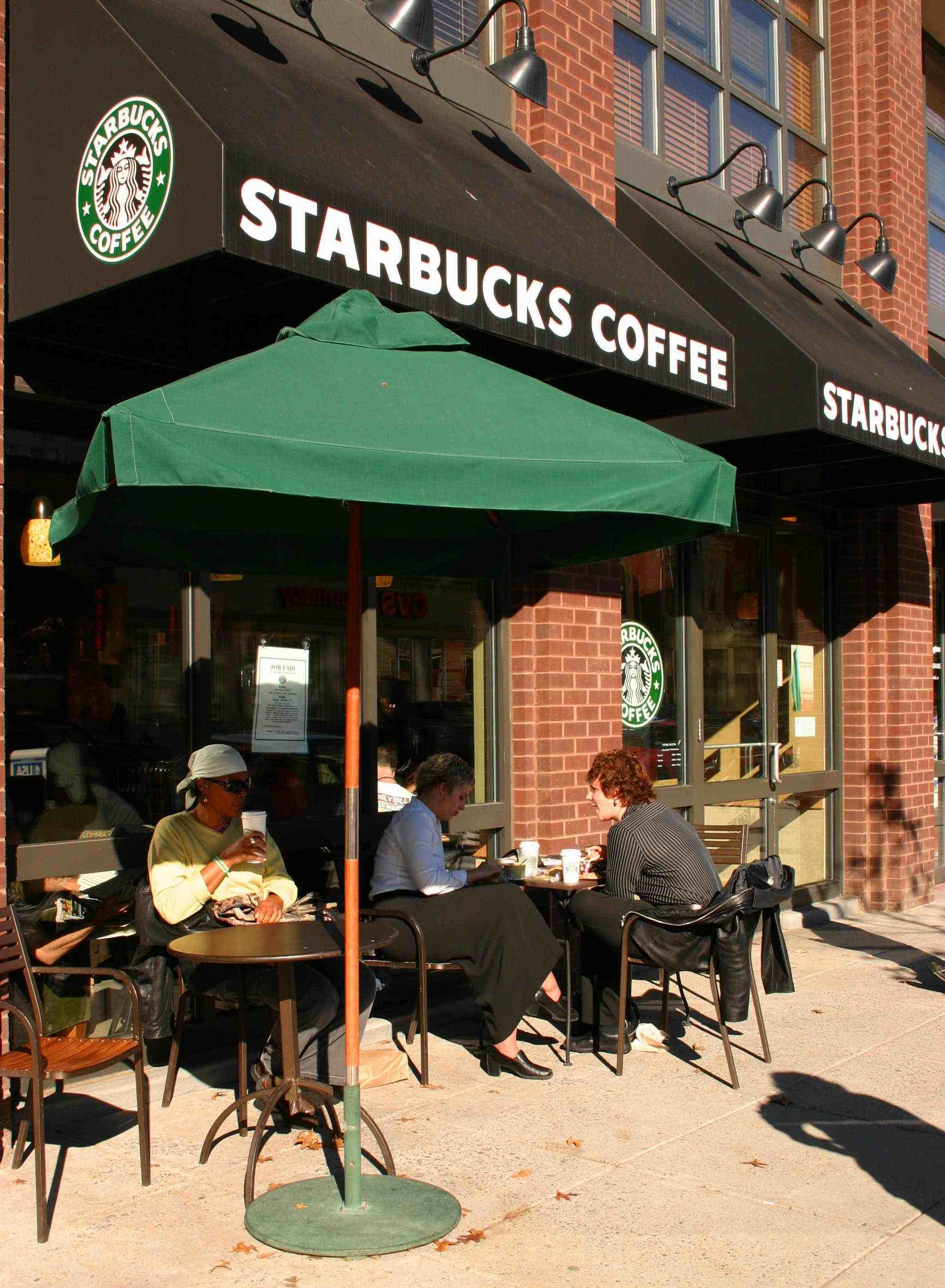 why students are addicted to starbucks essay