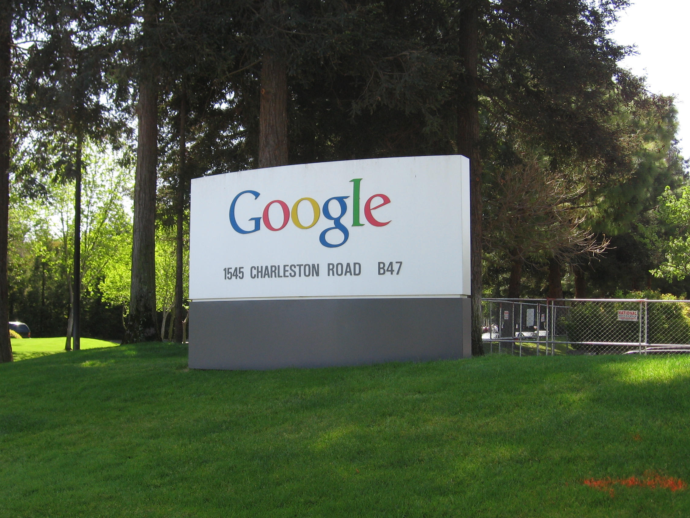 the unique corporate culture in google Google, a great marketplace success,  i believe this culture is an insight about the human condition people look for meaning in their work.