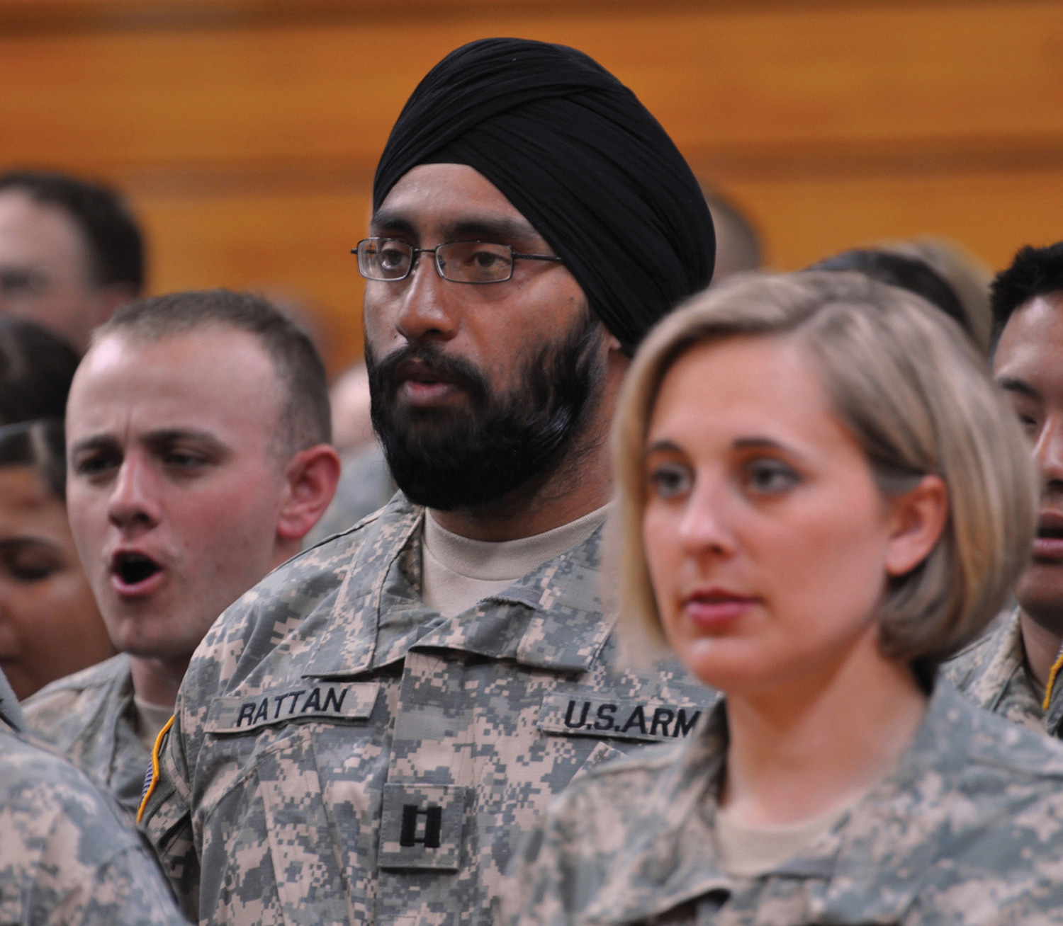 Employment discrimination hyperlink sikhs regain right to wear turbans in us army nvjuhfo Images