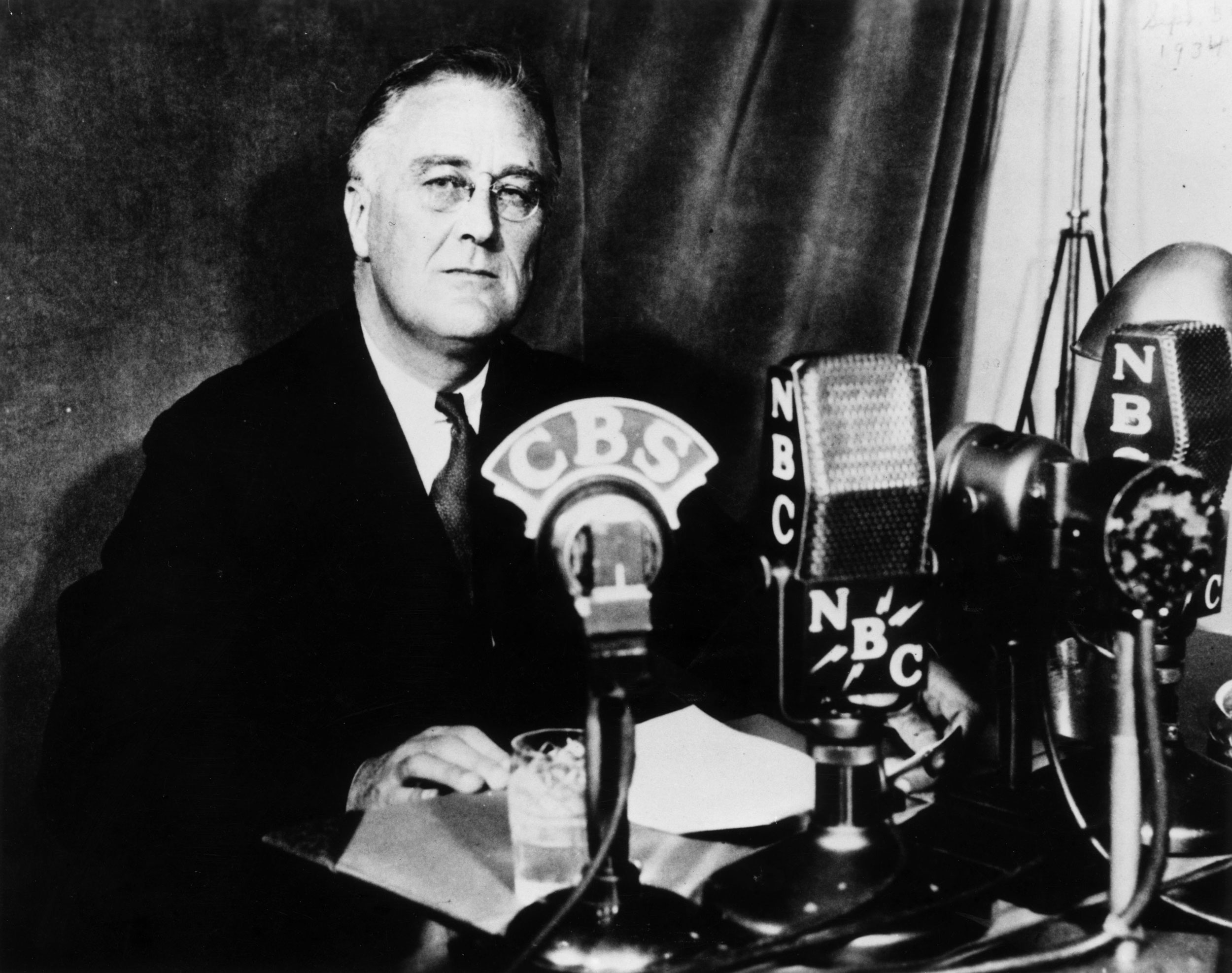 an introduction to franklin delano roosevelts new deal A new clip released by the fdr library on wednesday shows president franklin d roosevelt walking toward a crowd gathered to see him at the white house easter egg roll in 1935 the film was.